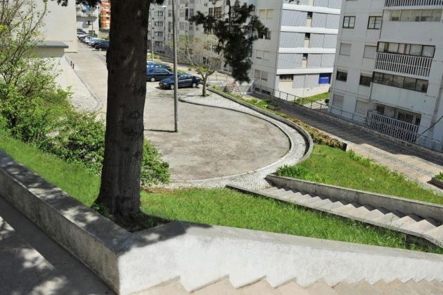 Parque de Estacionamento Traseiras